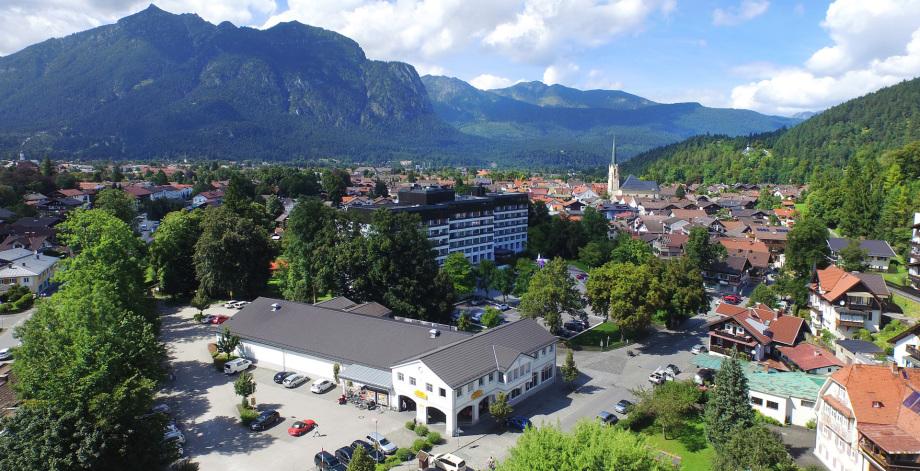 Ansicht eines Supermarktes aus der Drohne - Gerhard Blank Fotograf Immobilien Gewerbe und Architektur