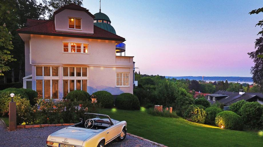 Ansicht einer Villa bei München - Gerhard Blank Fotograf für Immobilien und Architektur
