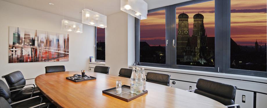 Ansicht eines Konferenzraumes in einem Büro